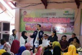 Presiden dan Ibu Riana blusukan di Pasar Sentral Kota Gorontalo