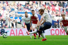 Penalti Harry Kane bawa Tottenham imbangi Arsenal 1-1