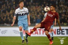 Manchester United incar gelandang serang Lazio
