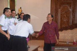Gubernur Bali Ingin Transportasi Pariwisata Punya Standar Jelas