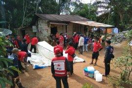 PMI dirikan tenda untuk korban gempa Solok