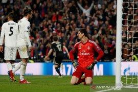 """Kiper Real Madrid sebut media Spanyol ingin """"membuhuhnya"""""""