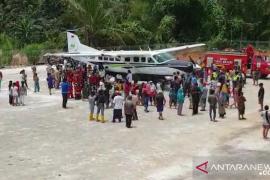 Uji coba pendaratan di Lapangan Terbang Semelagi Singkawang