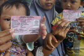 Perekaman KTP-el dan Kartu Identitas Anak