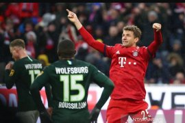 Cukur Wolfsburg 6-0, Muenchen melejit ke puncak