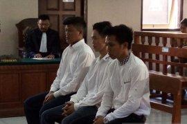 Komplotan pengedar 998,32 gram sabu-sabu Jakarta-Bali divonis berbeda