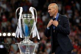 Resmi! Madrid pecat Solari dan tunjuk kembali Zidane
