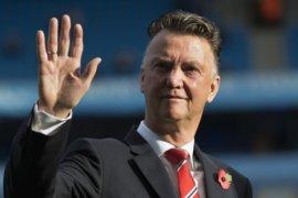 """Van Gaal menilai Solskjaer juga """"parkir bus"""" sama seperti Mourinho"""