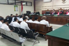 Jaksa KPK tuntut sepuluh anggota DPRD Malang empat sampai enam tahun