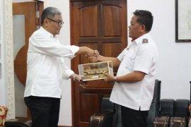 Konjen RI di Kuching bertemu Paolus Hadi