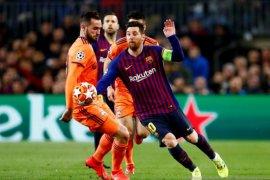 Messi antar Barcelona melaju ke perempat final setelah kalahkan Lyon 5-1