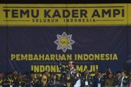 Presiden Jokowi minta AMPI jadi garda terdepan tangkal hoaks
