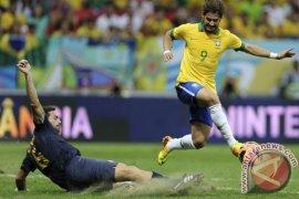 Brazil ditahan imbang Panama 1-1