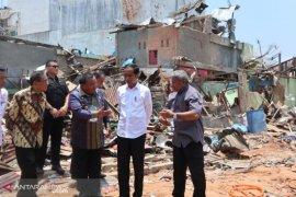 Presiden Jokowi tinjau lokasi bom di Sibolga