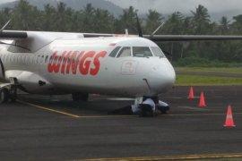 Pesawat Wings Air tabrak lampu bandara Galela