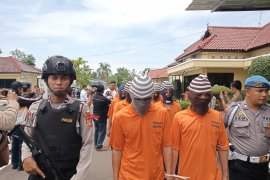 Seorang nenek diciduk Polisi Indramayu