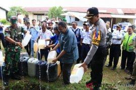 Demonstrasi GMKI dibubarkan polisi, mereka tuntut legalkan minuman tradisional sopi