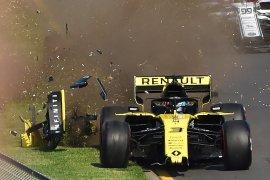 Sarat insiden kecelakaan, GP Tuscan start ulang untuk kedua kalinya