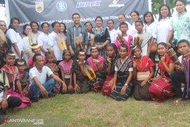 INPEX-BI beri pelatihan bagi pengrajin Tenun Tanimbar