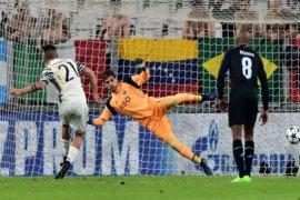 Iker Casillas perpanjang kontrak dengan Porto