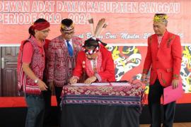 Ontot kembali jabat ketua DAD Kabupaten Sanggau