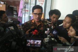 KPK amankan direktur Krakatau Steel di kediamannya