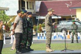 Wabup Belitung pimpin apel gelar pasukan pengamanan Pemilu 2019