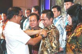 Bupati Penajam Resmi Jabat Ketua Umum Aspeksindo