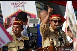Kampanye akbar Prabowo Subianto di Makassar dihadiri puluhan ribu orang