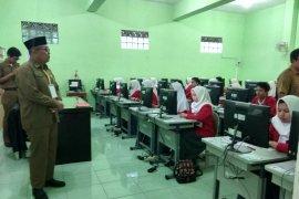 38 SMK di Kabupaten Garut menumpang UNBK di sekolah lain