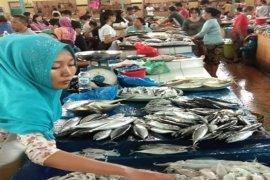 Kapolri instruksikan pembentukan posko PPKM di pasar tradisional