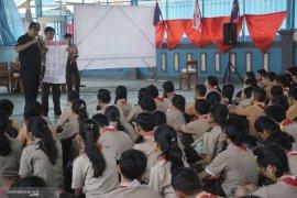 Wawali Ambon ajak pemilih pemula gunakan hak politik