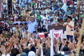 Prabowo Subianto perdengarkan pidato Bung Tomo saat orasi