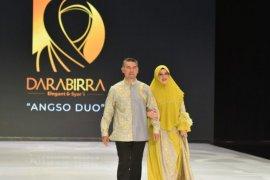 Batik Jambi diperagakan di Indonesia Fashion Week 2019