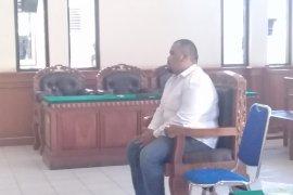 Anak anggota DPRD Klungkung diadili edarkan sabu-sabu