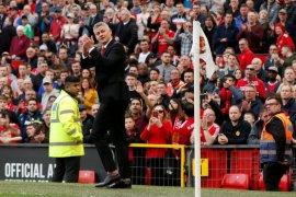 Solskjaer ingin pemain tiru semangat United saat juara Treble 1999