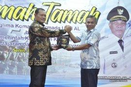 Pangko Armada I TNI AL silaturahmi dengan pemkab dan masyarakat Ketapang