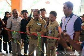 Gubernur Babel resmikan Berkah Mart Desa Payung