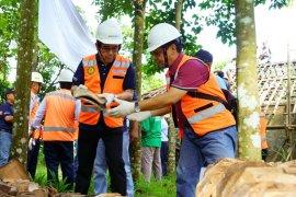 Indocement renovasi 260 rumah tak layak huni