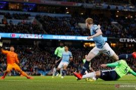 Man City kembali ke puncak, perburuan gelar bersama Liverpool makin sengit