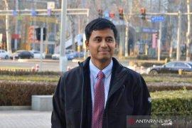 Indonesia masih perlu bahan bakar fosil Oleh Satya Hangga