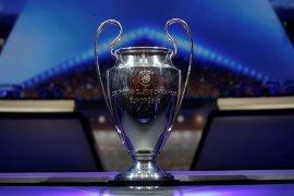 Liga Eropa tak mau kompetisi UEFA digelar akhir pekan