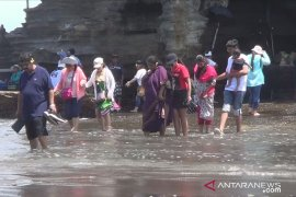Wisatawan domestik ke Bali turun 12 persen