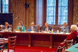 Dubes Mahendra bahas kelapa sawit di Senat Belanda