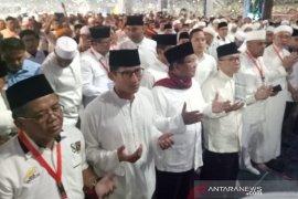 Prabowo-Sandi shalat subuh berjamaah jelang kampanye akbar