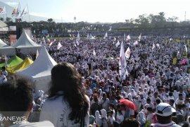Puluhan ribu simpatisan Prabowo-Sandi putihkan Kota Sukabumi