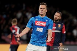 Marseille resmi pinjam Milik dari Napoli