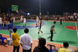 Turnamen Cakra Cup dipenuhi warga