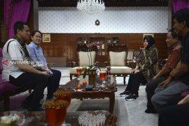 Risma temui beberapa atlet terkait rencana bangun Museum Olahraga Surabaya