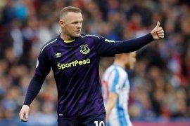 Wayne Rooney  dapat  kartu merah pertama di MLS